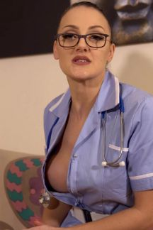 cleo-summers-carry-on-doctor-101