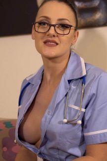 cleo-summers-carry-on-doctor-104