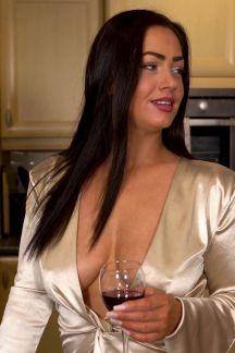 jess-harrington-like-a-fine-wine-100
