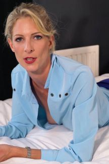 leah-lonely-business-trip-103