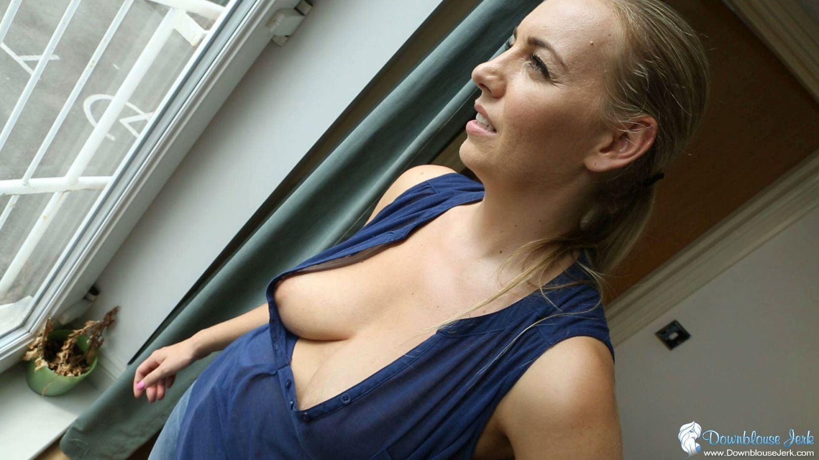 downblouse hd