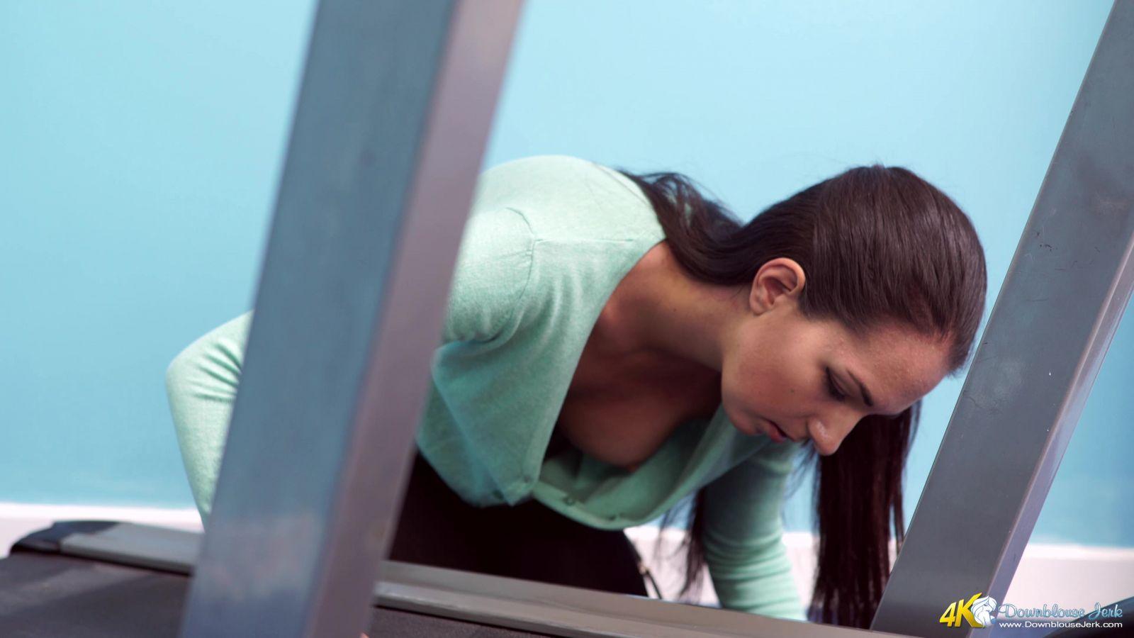Rebecca G Treadmill Tease 116