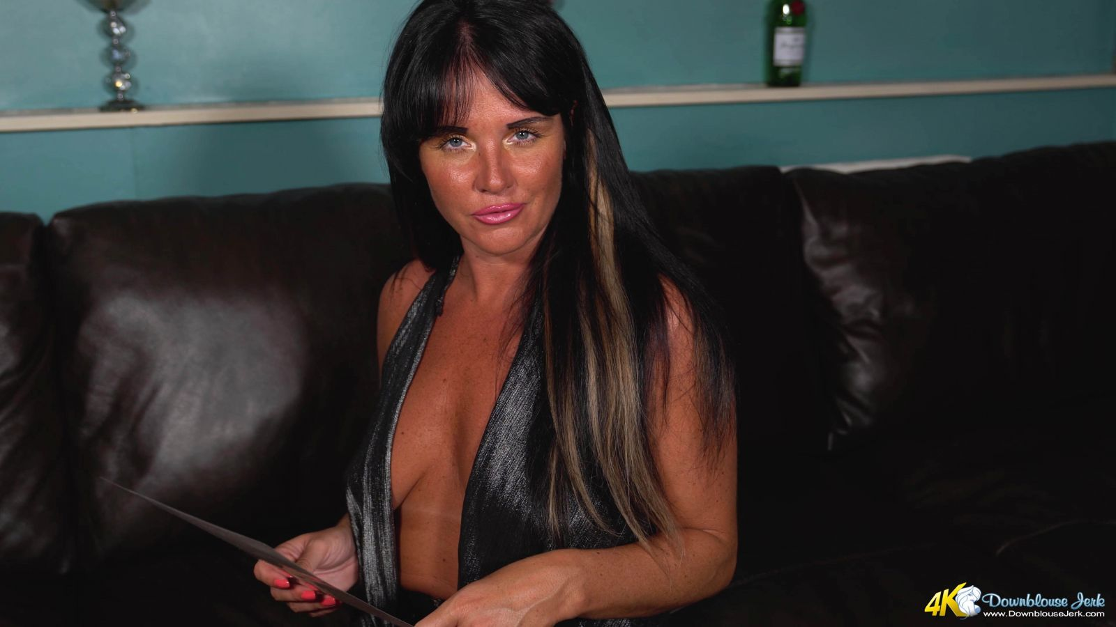 Shelly Cock Tail Girl 103