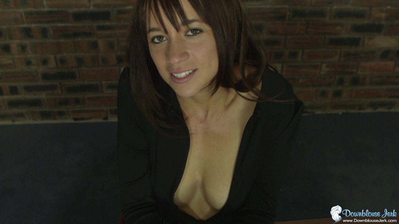 Jennie Louise Tits 46